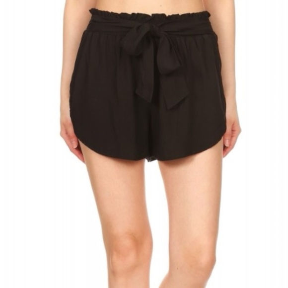 Pants - Black shorts with tie